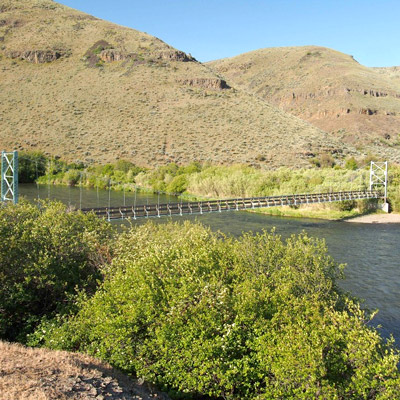 Hike the Yakima River Canyon